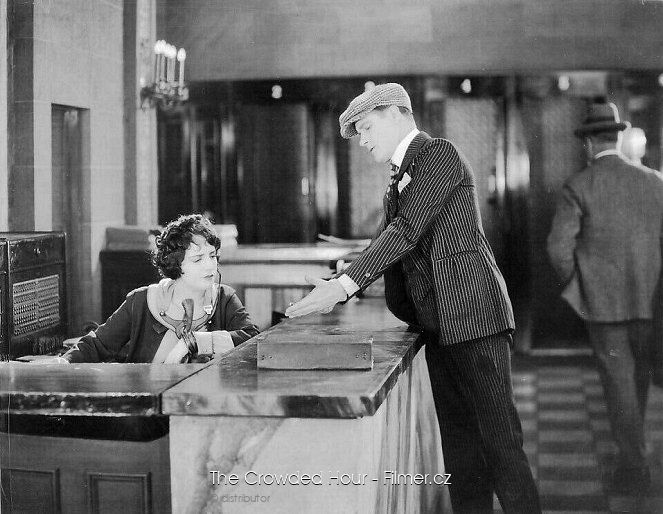 The Crowded Hour download