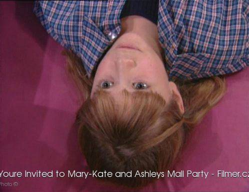 Youre Invited to Mary-Kate and Ashleys Mall Party download