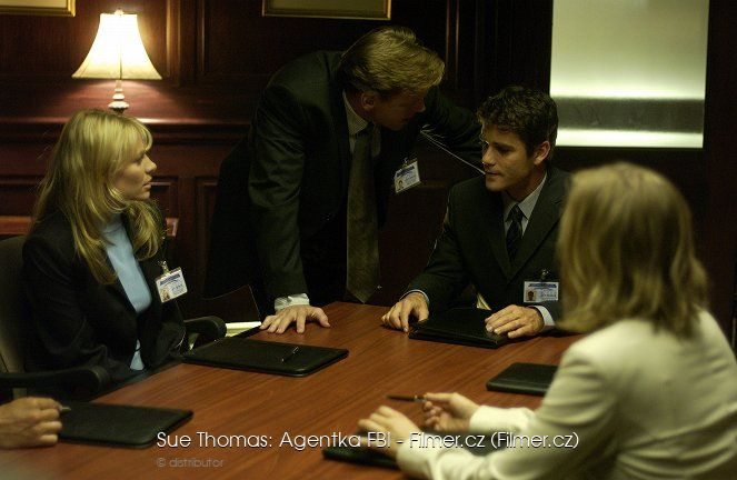 Sue Thomas Agentka FBI download
