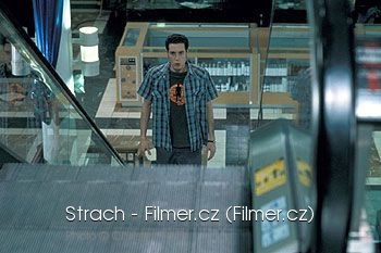 Strach download