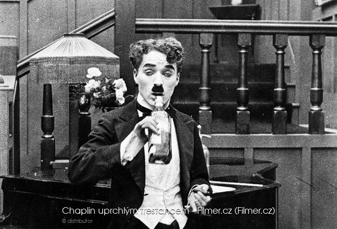 Chaplin uprchlým trestancem download