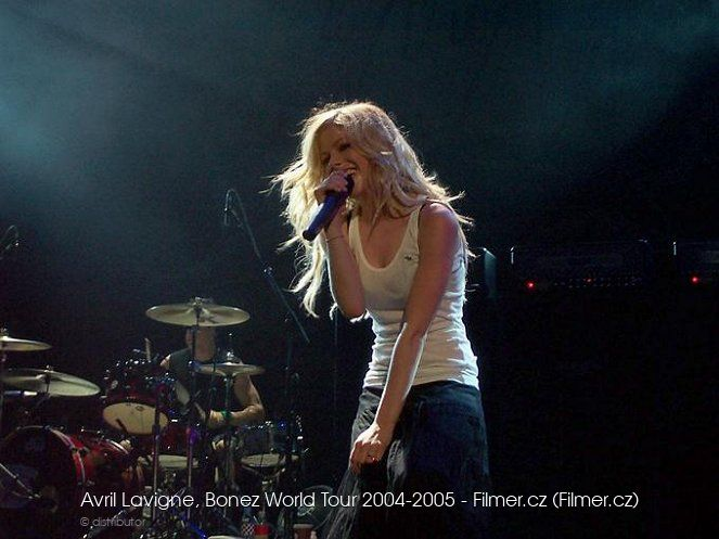 Avril Lavigne Bonez World Tour 2004-2005 download