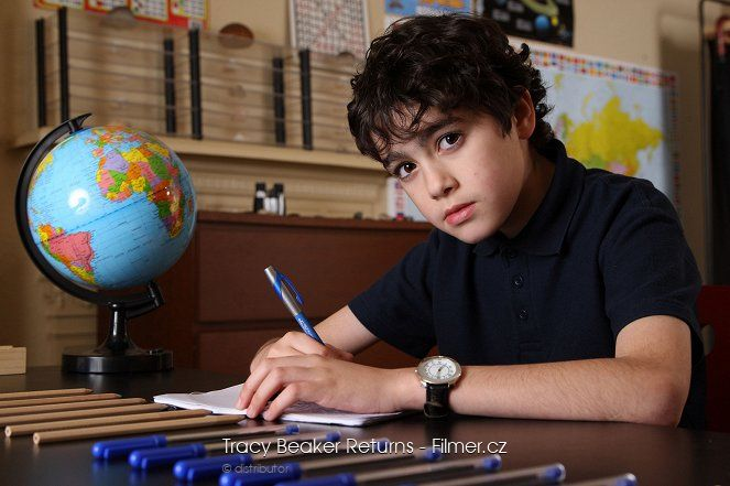 Tracy Beaker Returns download