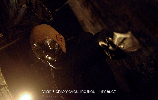 Vrah s chromovou maskou download