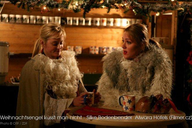 weihnachtsengel k sst man nicht 2011 tv film. Black Bedroom Furniture Sets. Home Design Ideas