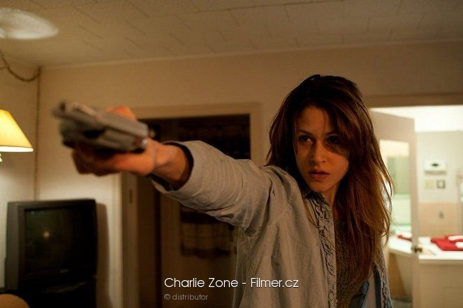 Charlie Zone download