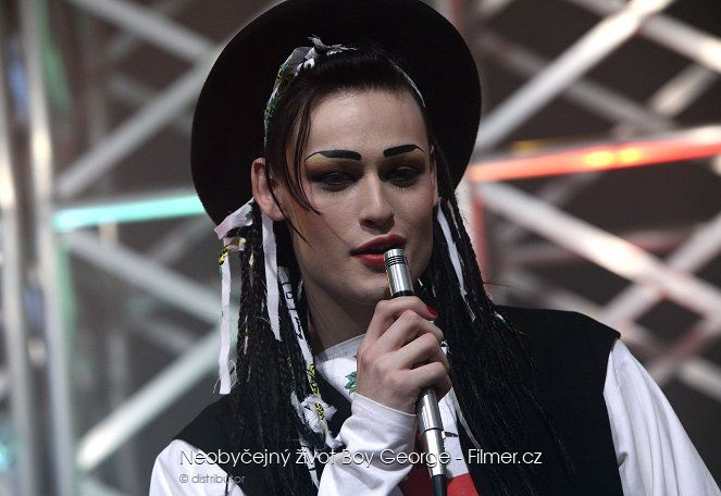 Neobyčejný život Boy George download