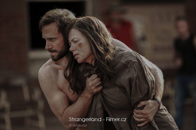 Strangerland download