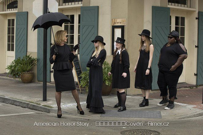 American Horror Story Coven série download