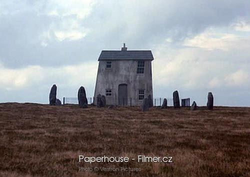 Paperhouse download
