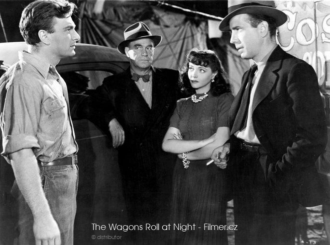 The Wagons Roll at Night online