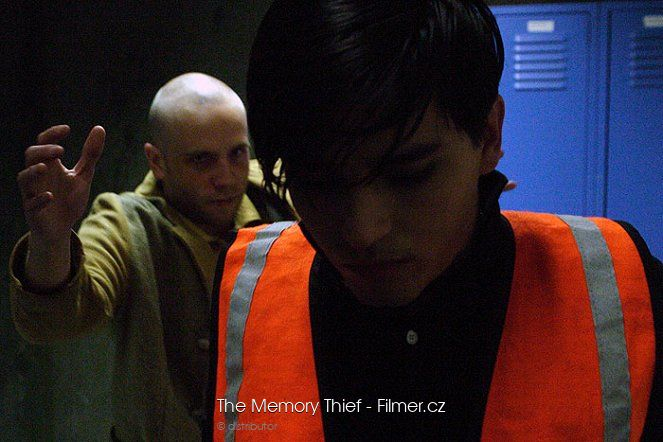 The Memory Thief online