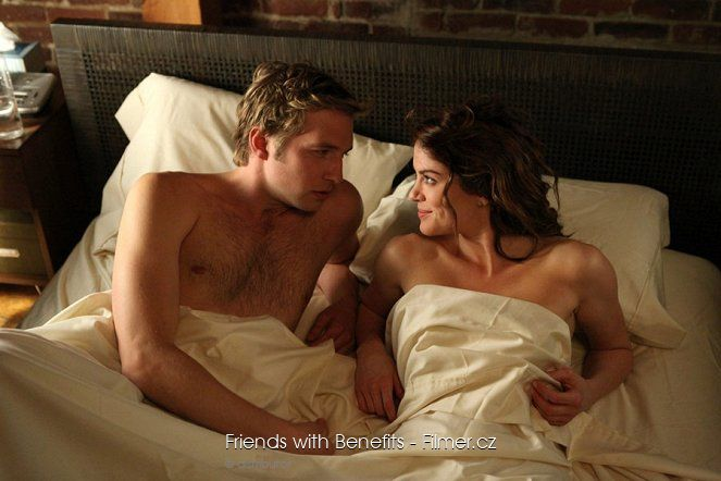 Friends with Benefits online