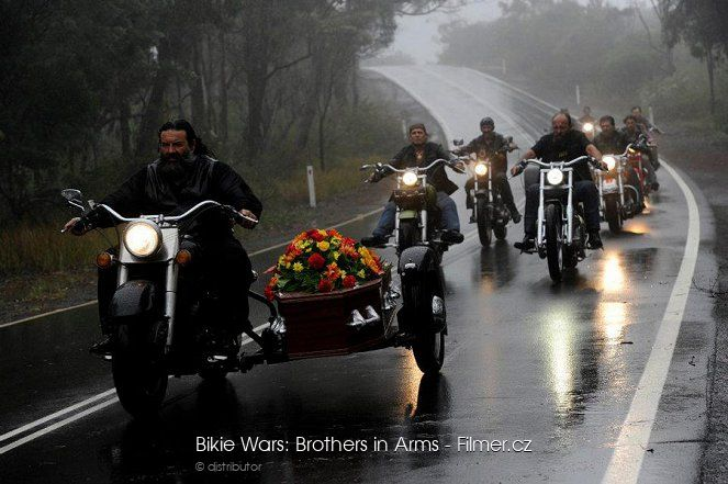 Bikie Wars Brothers in Arms online