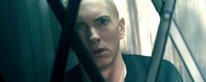 Eminem ft Rihanna The Monster online