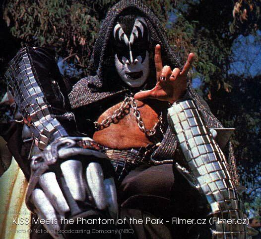 KISS Meets the Phantom of the Park online