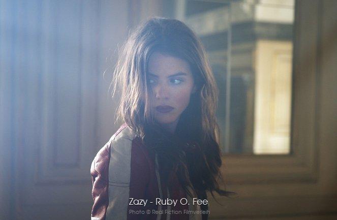 Zazy Stream