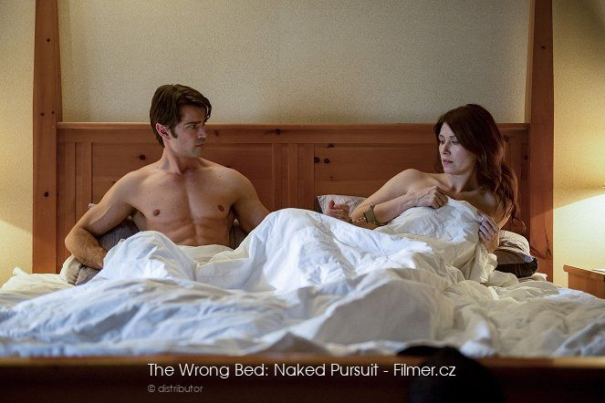 The Wrong Bed Naked Pursuit ke stažení