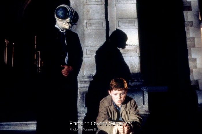 the significant role of color in the butcher boy a 1997 film by neil jordan The mid-point between the demand and supply for that currency is called the mid-market rate and is the real rate which banks use to trade money between themselves.